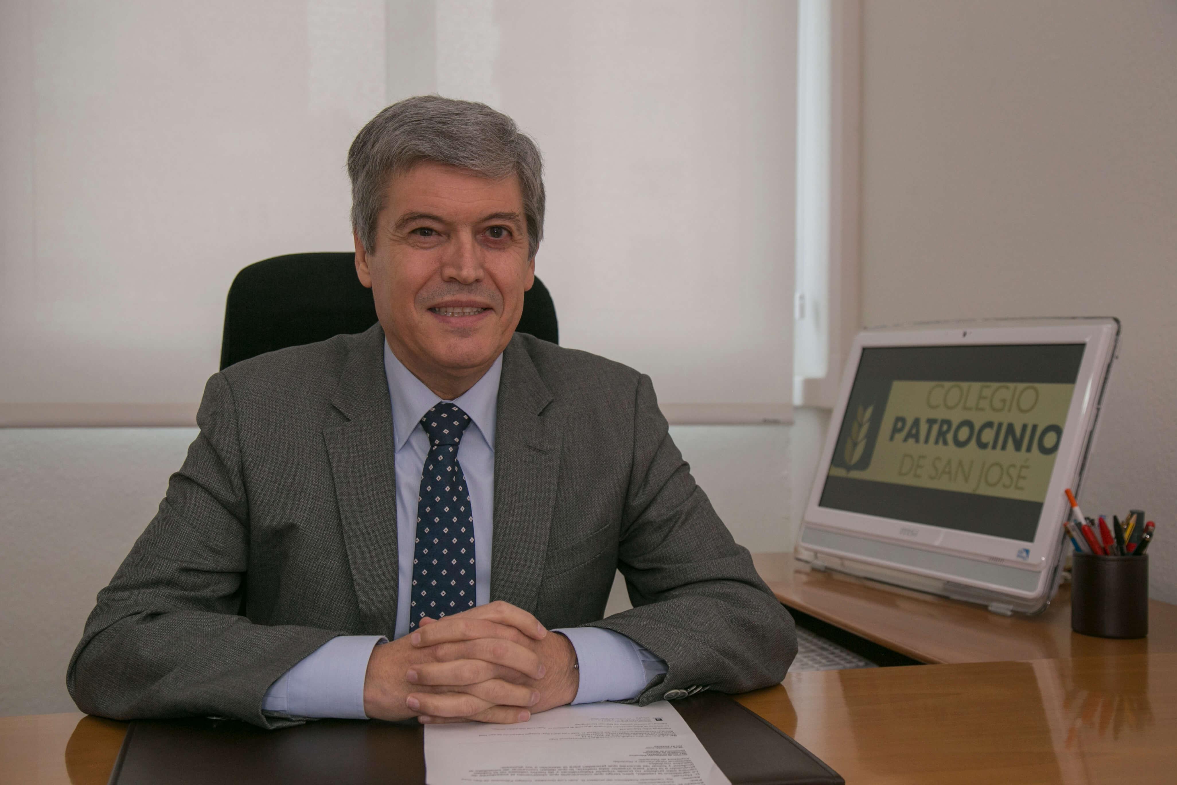 Fabián de Torres (Director General)